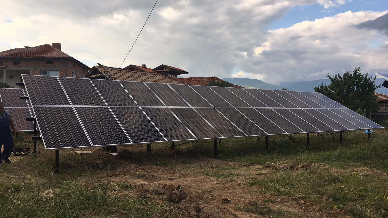 Соларни панели изграждане