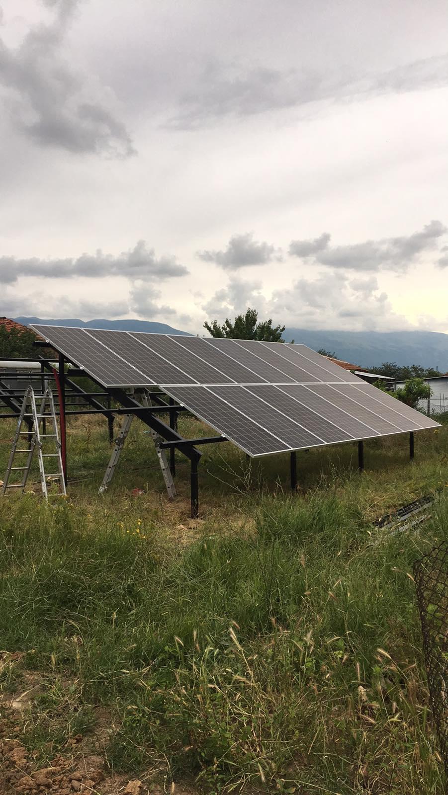 Изграждане на соларни панели